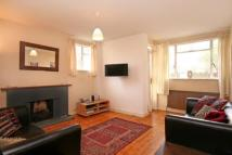 2 bed Flat in Thurleigh Court...