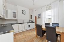 2 bed property to rent in Bedford Hill, London...