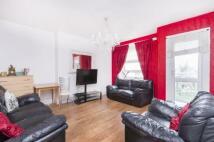Flat in Morrison House, London...