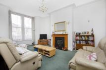 4 bedroom Flat in Byrne Road, London, SW12