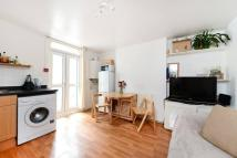1 bedroom Apartment to rent in Balham Park Road, London...
