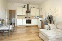 2 bedroom Flat to rent in Oval Mansions, Oval...