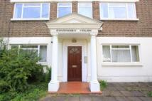 2 bed property to rent in Hartington Road, London...