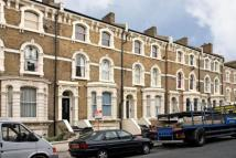 Flat to rent in Ferndale Road, London...