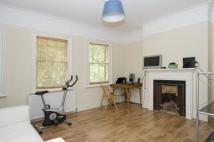 Flat to rent in Kennington Lane, London...