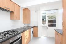 Flat to rent in Merrow Street, London...