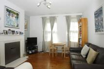 2 bedroom Flat in Faunce House...