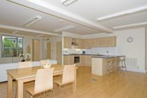 2 bed Flat to rent in Marble House...