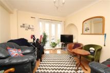Flat to rent in Denmark Hill Estate...