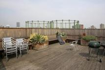 2 bedroom Flat to rent in Oval Mansions...