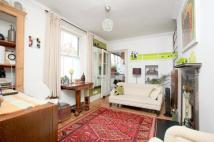 2 bedroom house to rent in Pullens Buildings...