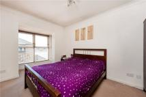 2 bed Apartment in Conrad House...