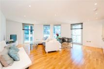 Apartment to rent in Millharbour, London, E14