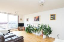 2 bed Flat to rent in Cable Street, London, E1