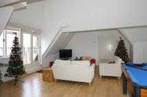 2 bedroom Flat to rent in Alie Street, Tower Hill...