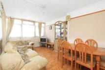 3 bed Flat to rent in Brockmer House...