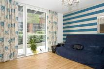 Flat to rent in Goodman Street, London...