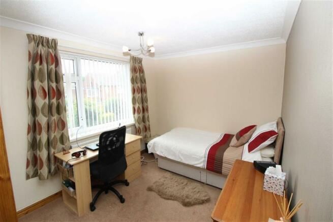 Double Bedroom 2 (Rear)