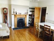 4 bedroom Flat to rent in Saunders Way, Sketty...