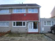 3 bed semi detached property in Glyncollen Drive...