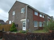 3 bedroom semi detached home in Rhodfa Dryw...