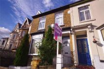 3 bed semi detached house in St Johns Road, WATFORD...