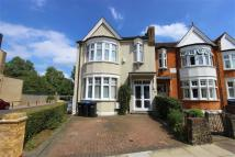 6 bedroom semi detached property to rent in New River Crescent...