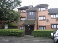 Flat to rent in Chasewood Avenue...