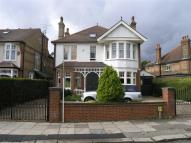 6 bedroom Detached house to rent in Fox Lane, Palmers Green