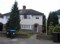 2 bed Maisonette to rent in Firs Lane, Winchmore Hill