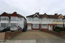 3 bedroom semi detached property to rent in Hampden Way, Southgate...