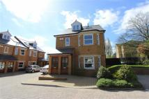 Flat to rent in Chesham Court, Enfield