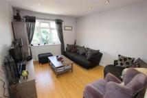 Flat to rent in Ridge Terrace...