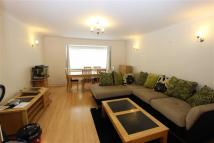 2 bed Flat in Stangate Lodge...