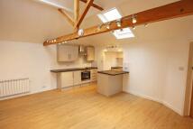 2 bedroom Apartment to rent in Cranbrook