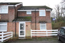 2 bed Flat to rent in Hawkhurst