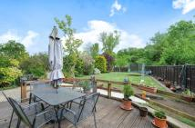 3 bedroom semi detached home in Guildford
