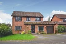 4 bed Detached property in Godalming