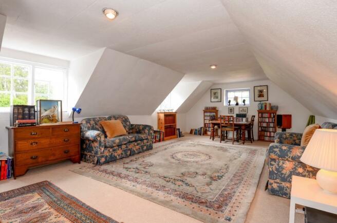 coach house room