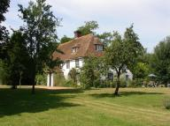 5 bedroom Detached house in Ivychurch, Romney Marsh...