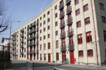2 bed Flat for sale in Globe Wharf...