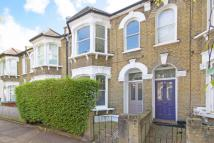 3 bed Terraced house for sale in Hunsdon Road, New Cross...
