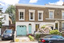 3 bedroom home for sale in Commercial Way, Peckham...