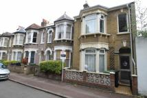3 bed End of Terrace home in Avonley Road, New Cross...
