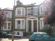 2 bed Flat to rent in Drakefell Road...