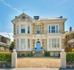 6 bedroom Detached home for sale in Ryde, Isle of Wight