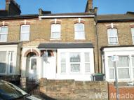 St Albans Crescent Town House to rent