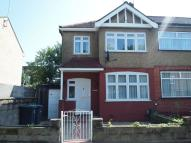 4 bedroom Terraced home in Vincent Road, Wood Green...
