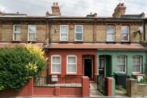 3 bed Terraced property in Bury Road, Wood Green N22