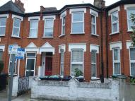 2 bed Flat to rent in Cobham Road, Wood Green...